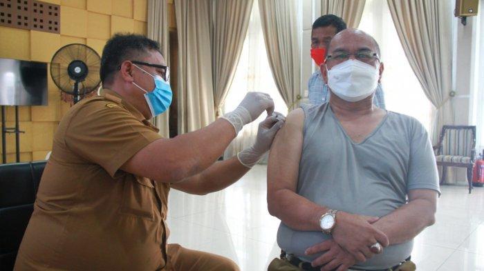 Mobilitas Tugas Tinggi, Sekda dan Pejabat Eselon II Jalani Vaksinasi Covid-19