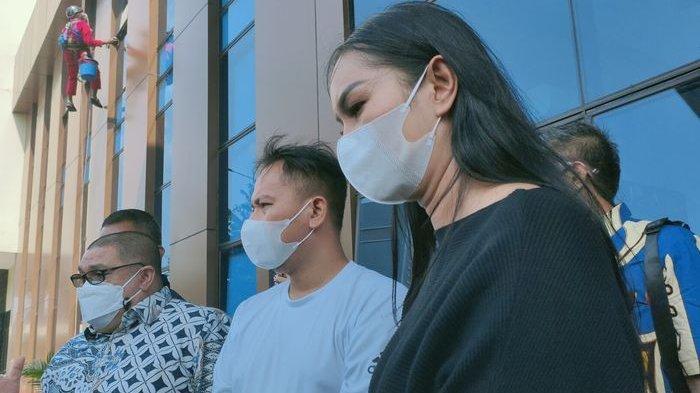 Angel Lelga Diminta Pertanggungjawabkan Tuduhannya, Vicky Prasetyo Ingin Proses Hukum Tetap Lanjut