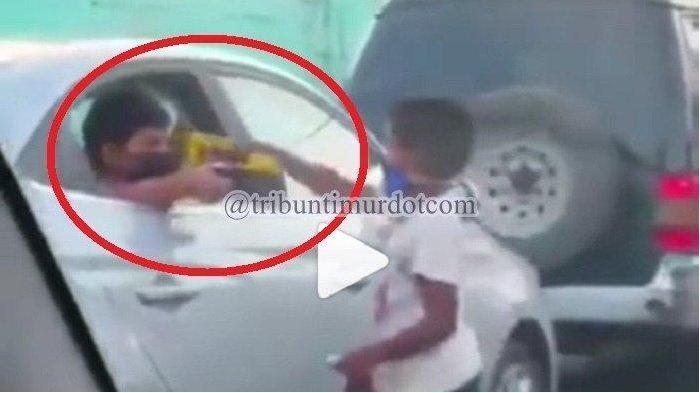 Viral Kisah Anak Orang Kaya dan Anak Jalanan, Berawal dari Lap Kaca Mobil: Bahagia Diberi Mainan