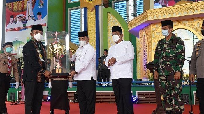 Tutup Gelaran MTQ Ke-54, Wabup Deli Serdang Minta Masyarakat Dalami Al-Quran Sebagai Kebutuhan