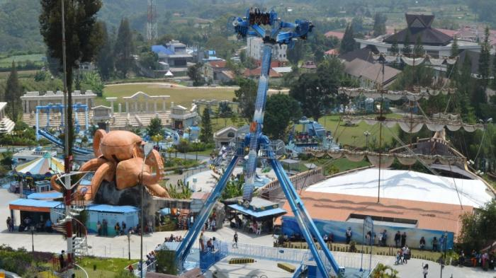 Wahana taman bermain Funland Mikie Holiday Resort, Berastagi