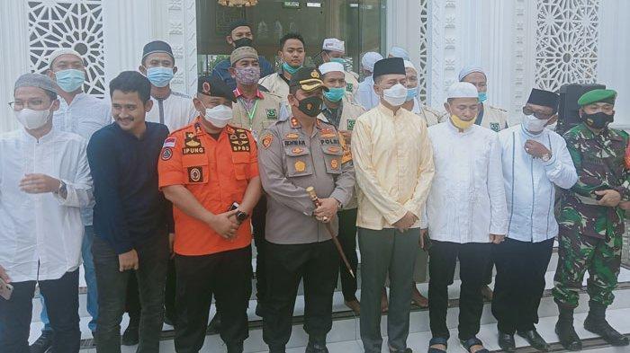 Wagub Musa Rajeckshah Resmikan Masjid yang Dibangun Tokoh Masyarakat Ujung Padang
