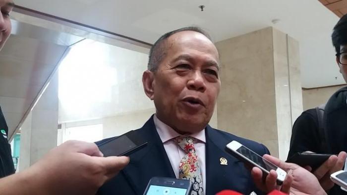 Wakil Ketua Umum DPP Partai Demokrat Syarief Hasan di Kompleks Parlemen, Senayan, Jakarta, Selasa (13/9/2016)