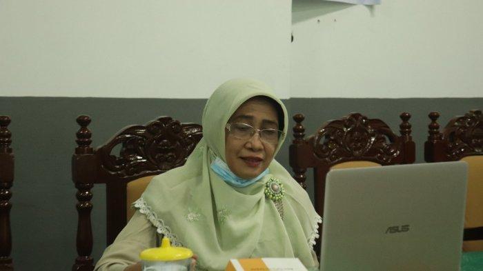 Wakil Rektor Bidang Akademik dan Dakwah Islamiyah Dr. Liesna Andriany, MPd saat menyampaikan materi diseminasi pelaksanaan PPG beberapa waktu lalu.