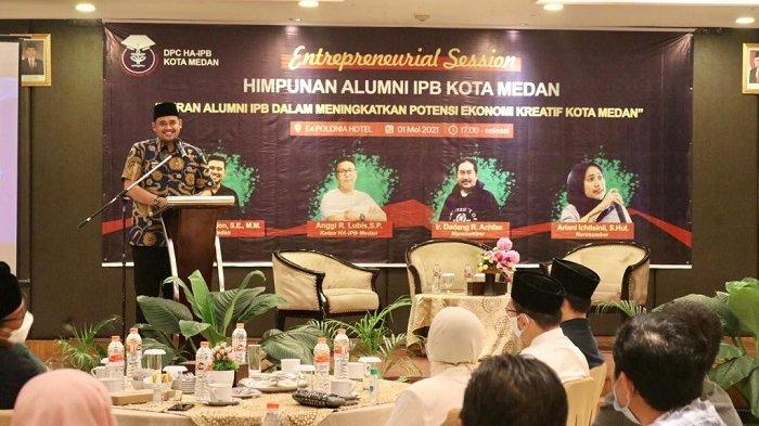 Di Acara Bukber Alumni IPB, Wali Kota Bobby Ajak OPD Ayomi UMKM