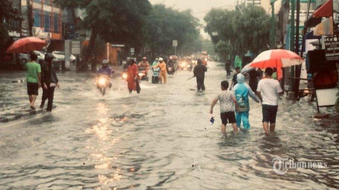 Banjir Jakarta 4 Orang Meninggal Dunia dan 17.079 Orang Mengungsi, Ini Kata Gubernur Anies Baswedan