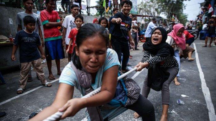 Seorang Ibu Roboh Lalu Meninggal Dunia Saat Ikuti Lomba Tarik Tambang, Rayakan HUT Kemerdekaan RI