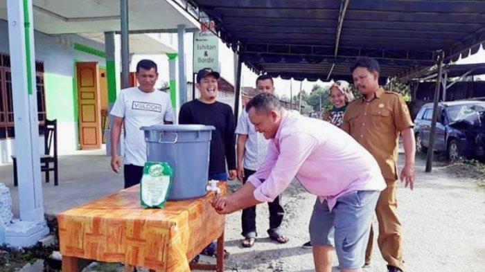 Antisipasi Covid-19, Desa Belang Malum di Dairi Sediakan Wastafel Cuci Tangan di Acara Martuppol