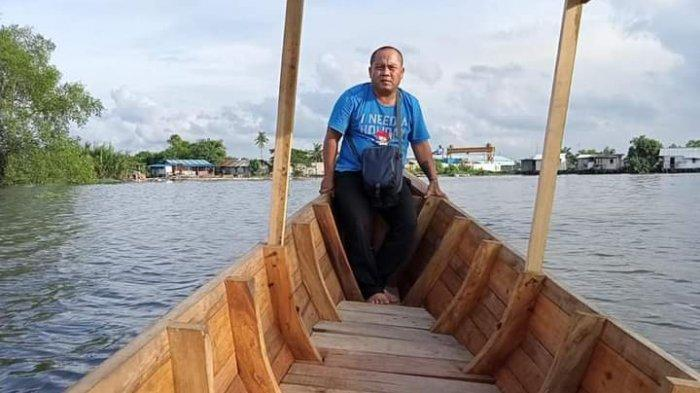 Dapat Perahu dari Kementerian LHK, Aktivis Mangrove Wibi Nugraha Ingin Buat Perpustakaan Keliling