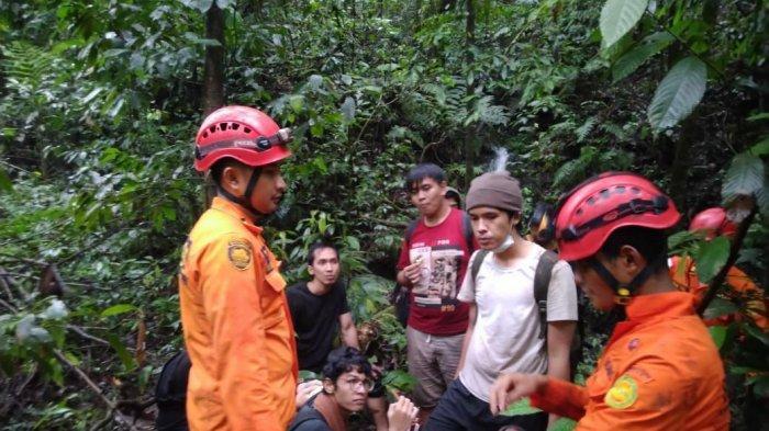 TERNYATA Wisatawan Tersesat di Hutan Sibolangit Adalah Guru Privat dan Murid SMA, Ini Nama Korban