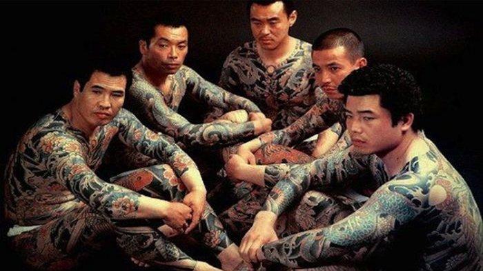 Gangster Yakuza. (anibee.tv)