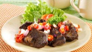 Resep Daging Siram Cabai Mentah dan Cara Membuatnya, Sajian Utama untuk Bersantap di Akhir Pekan