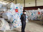 783-ballpres-berisikan-baju-bekas-impor-diamankan-oleh-bea-dan-cukai-teluknibung.jpg