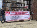 aliansi-mahasiswa-dan-pemuda-anti-korupsi-sumatera-utara-berunjuk-rasa.jpg
