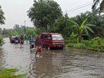 banjir-di-jalan-meteorologi-raya-kelurahan-indra-kasih-medan-tembung-rabu-1282020.jpg