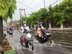banjir-merendam-ruas-jalan-jamin-ginting-kecamatan-medan-selayang-sa.jpg