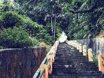 bukit-tangga-seratus.jpg