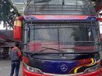 bus-makmur-halmahera.jpg