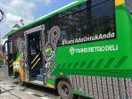bus-trans-metro-deli-di-jalan-putri-hijau.jpg