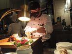 chef-hotel-aryaduta-medan-sajikan-menu-berbuka.jpg