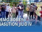 demo-bobby-nasution-jilid-iv-jurnalis-medan-tabur-bunga-di-balai-kota-medan-qq.jpg
