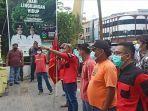 demonstrasi-di-kantor-wali-kota-medan.jpg