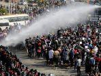 demonstrasi-melawan-militer-yang-berkuasa-di-myanmar_berita-terkini-myanmar.jpg