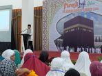 direktur-bisnis-dan-syariah-bank-sumut-tengku-mahmud-jeffry_20180702_154824.jpg