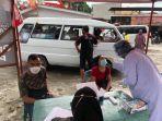 enam-warga-pekanbaru-terpaksa-ikut-rapid-test.jpg
