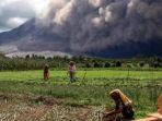 erupsi-gunung-sinabung_20170206_110828.jpg
