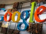 google-dengancetakan-batik-tribun-medancom_20150811_104507.jpg