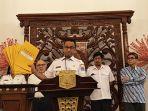 gubernur-dki-jakarta-anies-baswedan-saat-konferensi-pers_20180926_210232.jpg