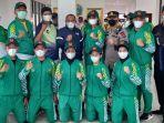 gubernur-sumatera-utara-edy-rahmayadi-berfoto-bersama-kontingen-cabor-karate-sumut.jpg