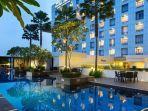 hotel-santika-medan.jpg