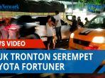 jalan-letda-sujono-macet-parah-truk-tronton-serempet-toyota-fortuner.jpg