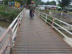 jembatan-rengas-pulau-masih-separuh-perbaikan.jpg