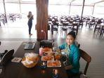 Nikmati Waktu Santai Bersama Keluarga Sembari Menyantap Beragam Menu Andalan di Restoran Kembang