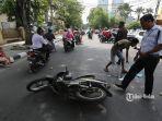 kecelakaan-sepeda-motor.jpg<pf>kecelakaan-sepeda-motor-1.jpg<pf>kecelakaan-sepeda-motor-2.jpg