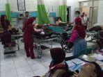 keracunan-108-siswa-sma-muntah-muntah-seusai-makan-nasi-ayam-geprek-dirujuk-ke-rumah-sakit.jpg
