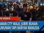 kerumunan-manusia-di-kesawan-city-walk.jpg