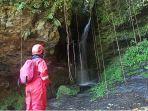 lokasi-wisata-alam-1000-gua-di-desa-banuarea.jpg
