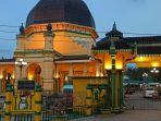 masjid-al-osmani-di-jalan-kl-yos-sudarso.jpg