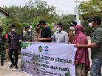 memperingati-hari-hutan-indonesia-2021-wali-kota-medan.jpg