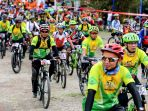 para-peserta-lomba-sepeda-gunung-melintasi-alam-rintang-kawasan-hutan-sibolangit_20170918_132550.jpg