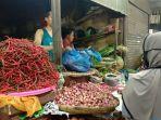 pedagang-cabai-di-pusat-pasar-kota-medan.jpg