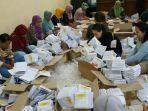 pelipatan-kertas-surat-suara-untuk-pemilu-2019.jpg