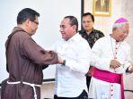 penahbisan-uskup-agung-medan.jpg