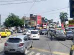 penyekatan-arus-lalu-lintas-di-simpang-kampus-usu-jalan-jamin-ginting.jpg