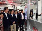 perdana-menteri-korea-selatan-kunjungi-telkomsel-5g-experience-center_20180820_162947.jpg
