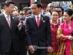 presiden-jokowi-dan-presiden-tiongkok-xi-jinping-kiri-saat-melakukan-historical.jpg